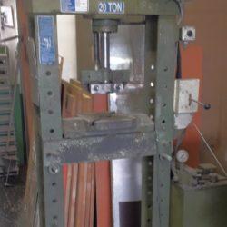 Pressa Usata A Pistone Omcm  20 ton