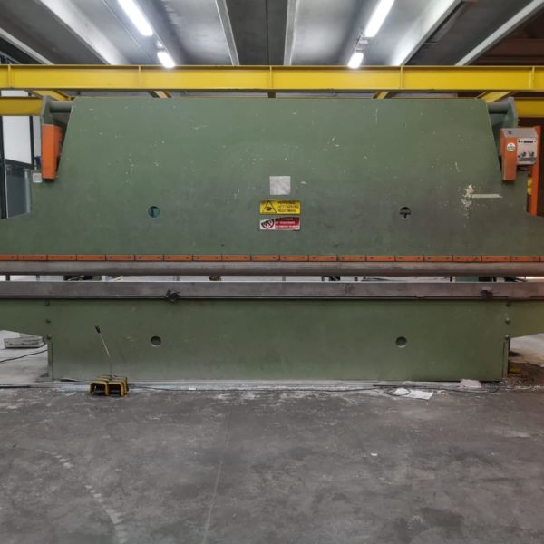 Piegatrice Omag Usata 6000 x 40 TON