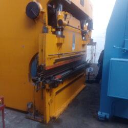 Piegatrice Minali 3000 x 150 ton UsataT004